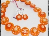 necklace_orangeflowerspots_01