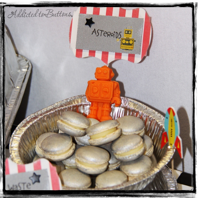 Toby8th_macarons (640x640)