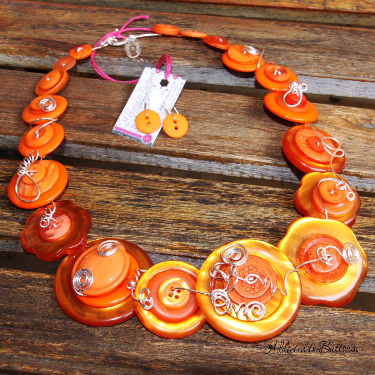 2014_necklace_orangeChunk