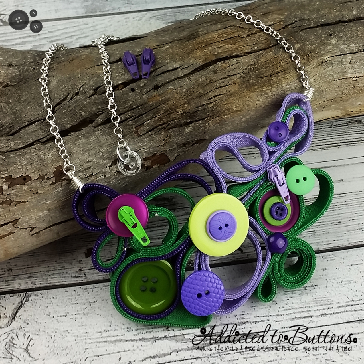 2015_Necklace_Zip_PurpGreen_01