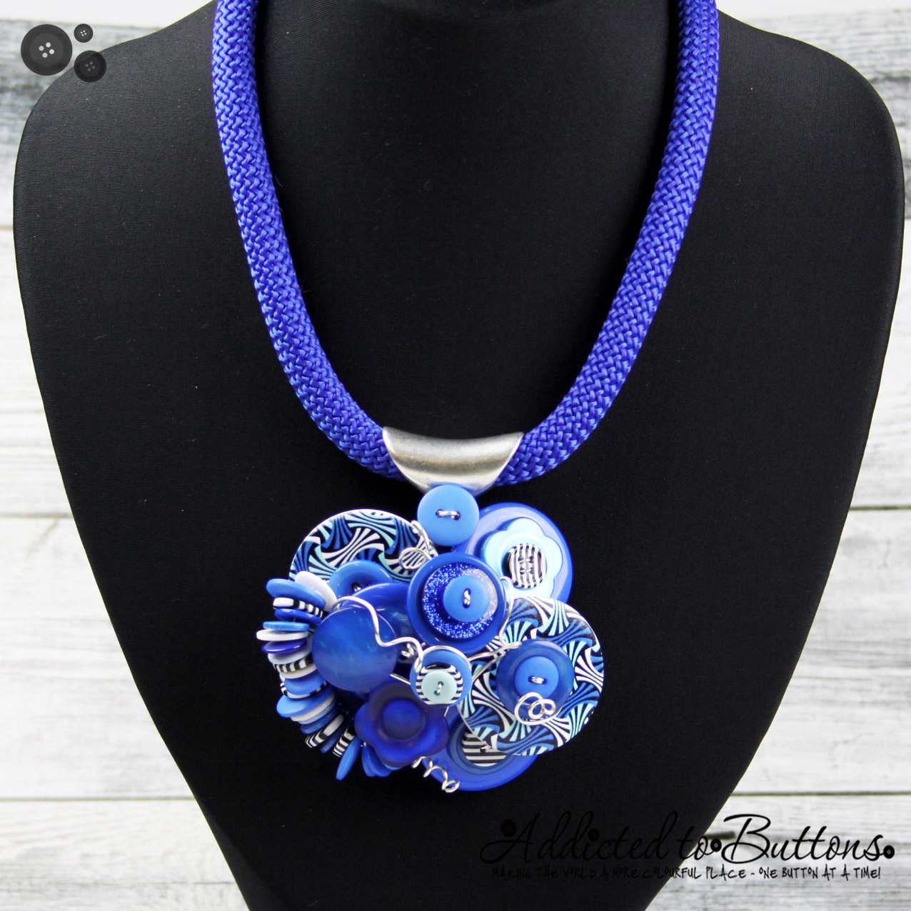 2015_Rope_Necklace_Cluster_blue waves_01