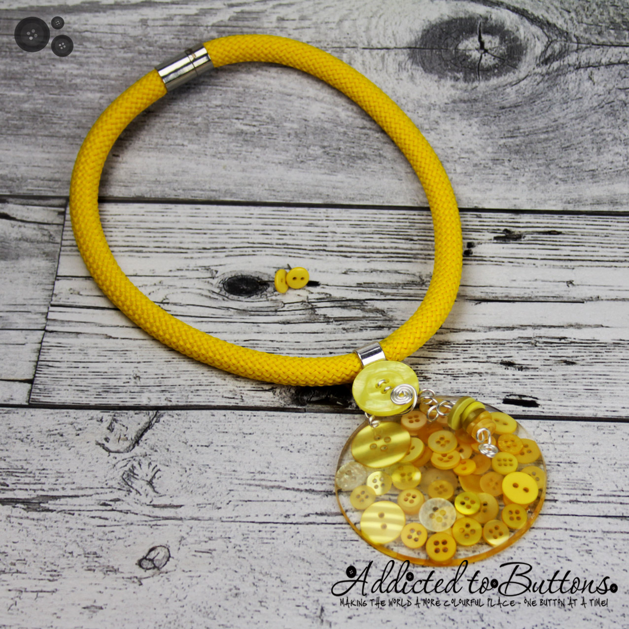 2015_Rope_Necklace_YellowResin_02