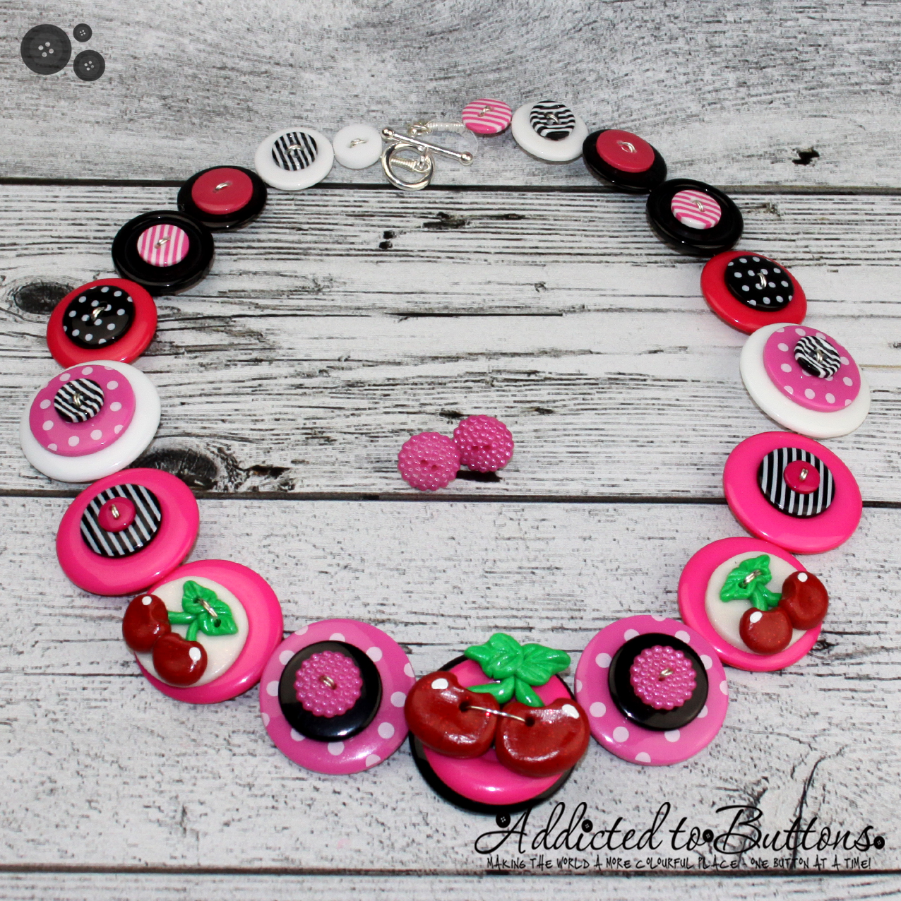 2015_necklace_pinkcherries_01