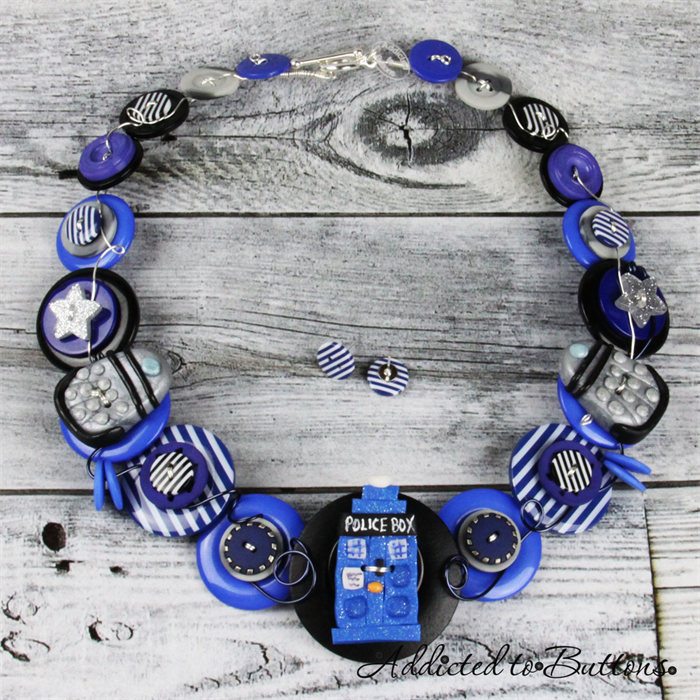 4_c62999d603684f8c95869f9949274df62014_necklace_Whoin Blue_01.jpg