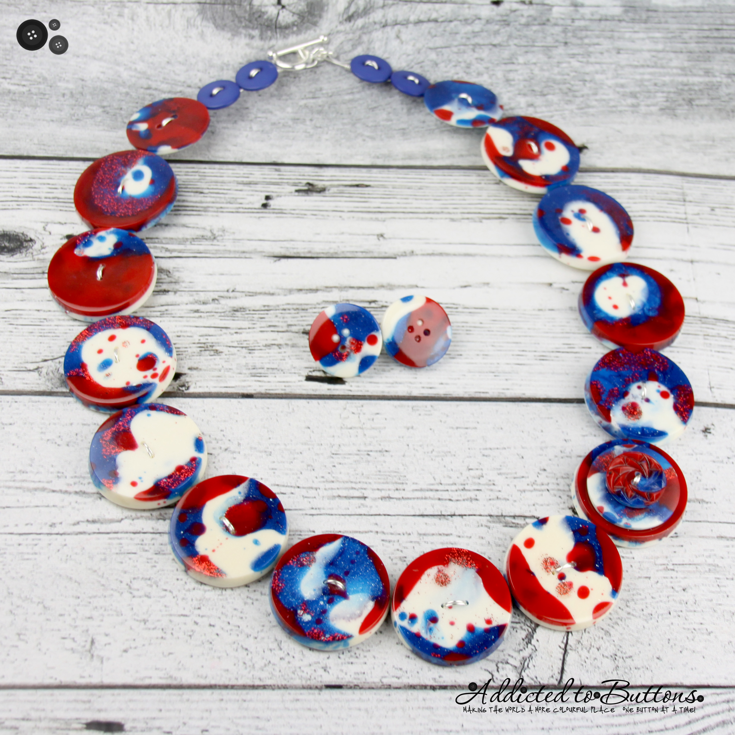 2016-Necklace-Resin-RedBlueWht-04